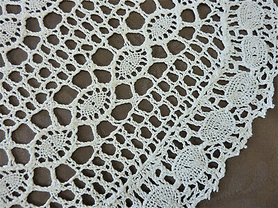 Lot de 2 grands napperons ovales anciens crochet faits main  3