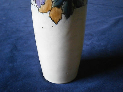 Royal Doulton Lambeth Vase in stunning & rare grape design.
