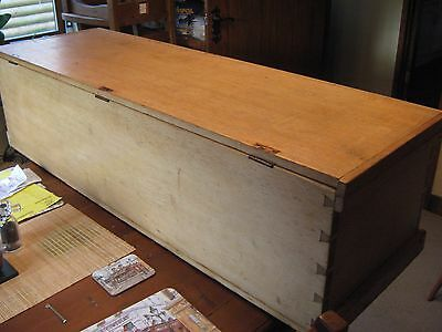 LOVELY VICTORIAN BEECH,OR BLEACHED MAHOGANY BLANKET/TOY BOX/CHEST 130 cm 4