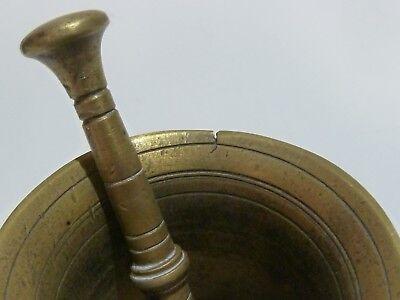 SAMMLUNG KLEINE MÖRSER, 18./19. Jahrhundert, Messing, 10 Stück mit Pistillen 8