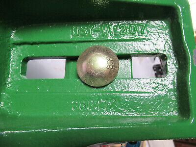 John Deere Adapter Bracket 660472, HSY-W1207 New 3