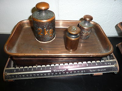 2 antike Waagen +  8 Gewichte Kaufleute Krämer Waage 2
