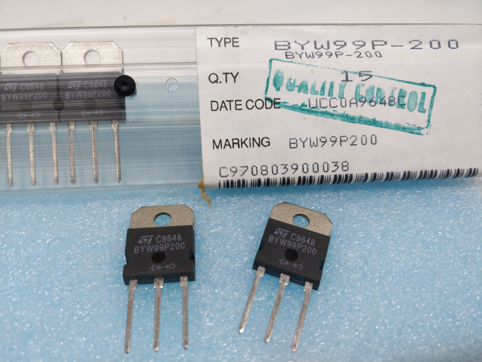 Lot of 5 Philips BYW95C 3A 600V Soft Recovery Avalanche Rectifier Diodes SOD64