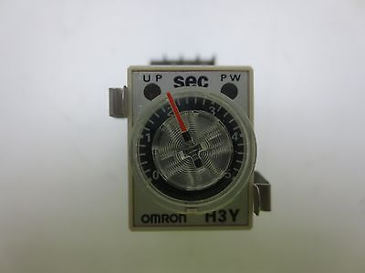 Omron H3Y-4 Timer  with socket