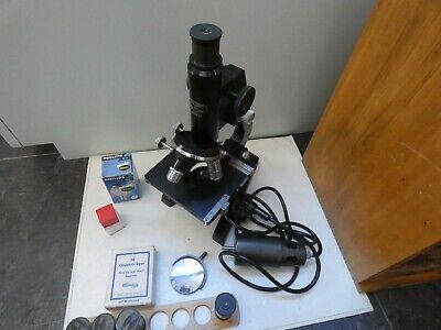 (4816) Altes Mikroskop W u. H. Seibert Wetzlar Nr. 40557 mit Zubehör 10