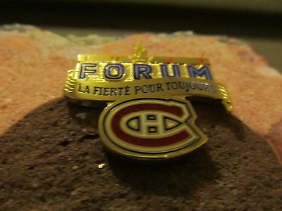 Original Montreal Forum Brick Signed by Patrick Roy #33 - DISPLAY CASE INC - COA 3