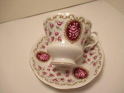 "Royal Albert English China Cup&Saucer ""Cameo Series Keepsake"" White & Pink 4"
