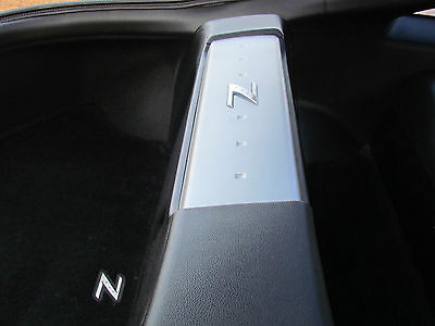 """FRONT FIRE w// GREY Z LOGO Subwoofer Box for Nissan 350z Coupe Sub Box 1-10/"""""""