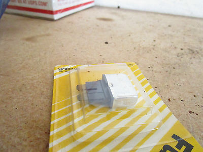 Bussmann  BP/Ccb25 Fuse Circuit Breaker fuse 25 AMP 14.5 Volt Max 5