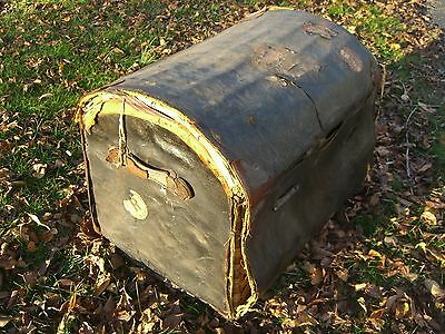 Vintage Oil Cloth/Wicker English Steamer Trunk w/White Star/Cunard Stk c.1930 2