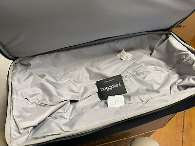 """Brand NEW Baggallini Rolling  Carry-On Duffle Bag Wheeled Luggage Black 21"""" 8"""