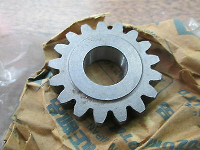 NOS Suzuki Plug 1976 RM100 75 RM125 74-75 TM100 74 TM125 09241-19001