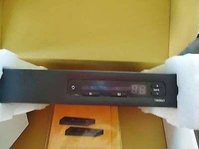 New Omniview 2-Port Kvm Switch Ps/2-Usb Control 2 Computers From 1 Ps/2 Console 4