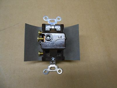 Nib Pass & Seymour 1221-I Manual Controller 15A 120/277Vac 1Pole Ivory(3 Avail) 4