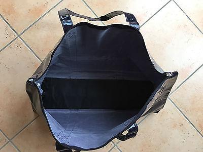 Dunkel violette Lack SM Tasche für die SM Utensilien 2