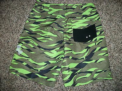 73c8065912 1 of 2FREE Shipping UNDER ARMOUR New NWT Mens Board Shorts Swim Hydro Storm  Camo Camouflage Green