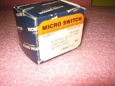 Micro Switch PTSFB301 New, in Box 4