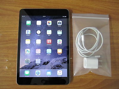 Apple iPad Mini 1st Gen - 16GB - Wi-Fi 7.9in - Black Gray Silver - Grade A (R) 2