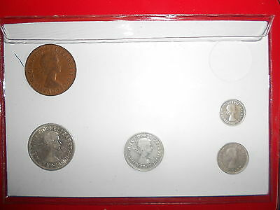 BIRTHDAY GIFT 1950 AUSTRALIAN Pre Decimal 5 coin set IN SPECIAL CARD very Nice