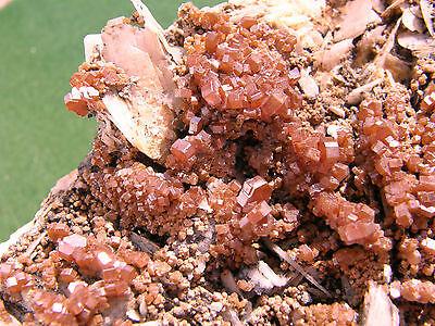 """Minerales """" Fantasticos Cristales Biterminados De Vanadinita Marruecos-8A13 """" 3"""