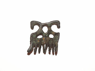 Traditional pagan female zoomorphic Viking pendants comb. ca 800-1000 AD 8