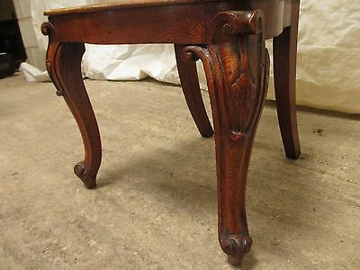 Quality pair of carved golden Oak hall chairs with pierced shaped back (ref 141)