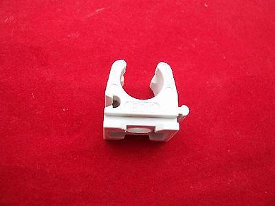 10x Fischer Clip per Tubo 9//12mm Morsetto di in Plastica Olio