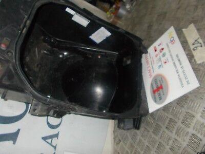 YAMAHA TMAX T MAX 500 ANNO 2005 LUCE VANO SOTTOSELLA LIGHT  UNDER THE SEAT