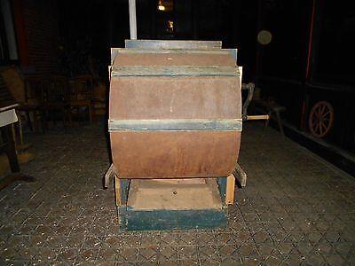 Reinigungsmaschine antik bäuerliche Gerätschaft 4