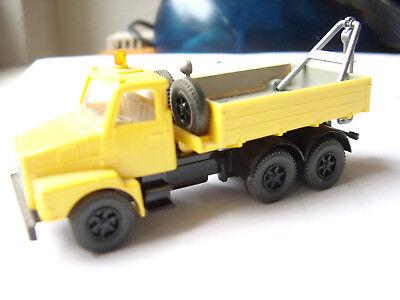 461 Volvo Abschleppwagen rot  #4724 Wiking 1//87 Nr