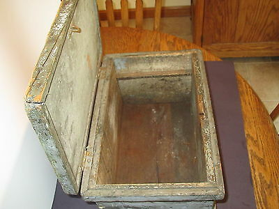 "Viintage wood 15 1/2""L X10""D X 8 1/2""H carpenters tool or document box-orig lock 5"