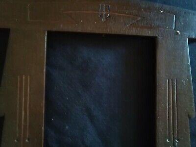 Marco pequeño (27por 21) de madera antiguo al estilo modernista 4