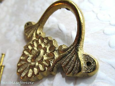 Vintage Cast Brass Decorative Drawer Pull w/Center Flower Detail New Old Stock! 3