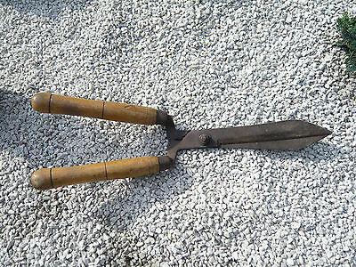 antike Heckenschere Gartenschere Astschere antikes Gartenwerkzeug 2