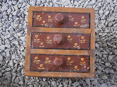 Antique Vintage Wooden Box Wiht Tree Drawers Beautiful Painting 8