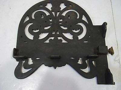 "Antique Cast Iron Shelf Brackets Left and Right for 6 1/2"" X 3/4"" shelf Vintage 4"
