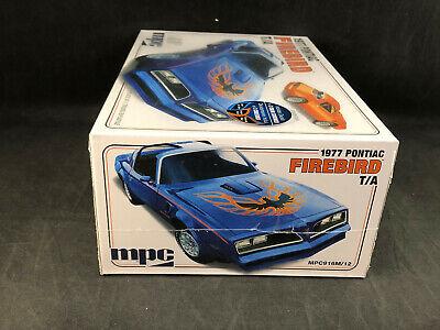 MPC 916 1977 PONTIAC FIREBIRD T//A F//S MODEL KIT