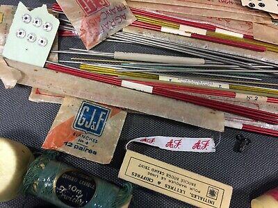 Lot anciennes aiguilles à tricoter et fil de couture broderie mercerie vintage 4