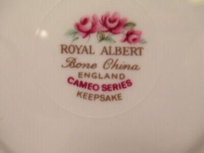 "Royal Albert English China Cup&Saucer ""Cameo Series Keepsake"" White & Pink 7"