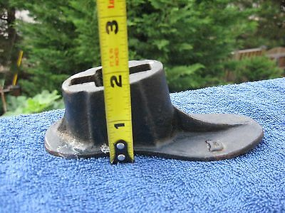 Antique/Vintage Shoe Cobbler Cast Iron  Shoemaker  # 4    D 9