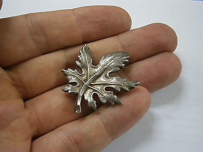 Vintage Old Hand Made Beauty Silver Brooch Pin Canadian Leaf Sterling 900 2
