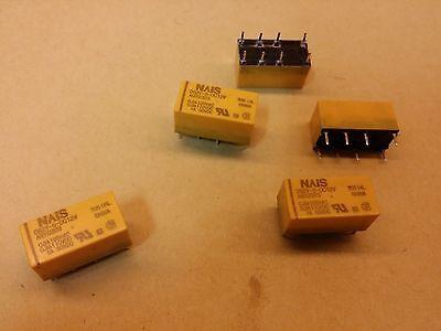 Lot de 5 relais moulés neuf 1RT bobine en 12Vdc  10A//250V  couleur bleue