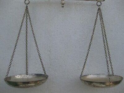 antigua balanza para el pesado de azafrán 3