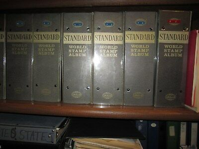 1,000,000  worldwide  from estate,stamps from albums,dealer cards ,stock books 3