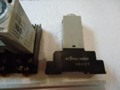 4 Omron Model# H3Y Timer 24 Vdc Contact:5A, 250 Vac. Resistive W/rj(Sa)Max.7A250 4