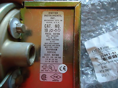 New Dwyer Inst. Cat.# 1910-00(Oem Group) P/n 70861-01 Switch Pressure Diff.(Exha 3