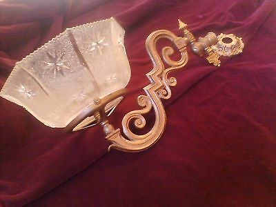 Victorian ERA Gas Sconce: An exceptional gas sconce. 6