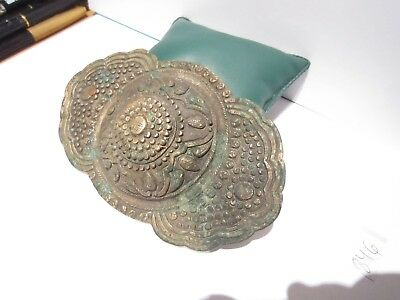 BEAUTIFUL ANTIQUE 1800's. SILVER BUCKLE WITH TOP DECORATION # 846 3