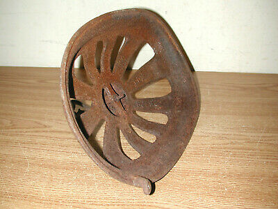 Antique Vintage Victorian Style Rusty Iron/metal Heater Cover Grate 9