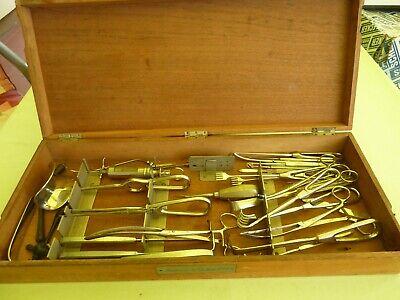 Konvolut, 35 medizinische Instrumente im Holz - Kasten, H. Windler, 30 Jahre? 4